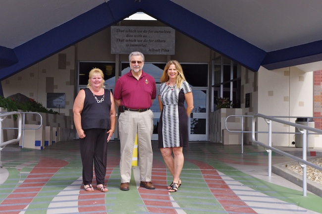 (l to r) Julie Croft, Randy Brill and Pamela Shoemaker (Photo by Gina McGalliard)