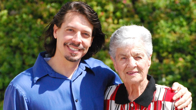 Filmmaker Devin and great aunt Jean (Courtesy of Devin Scott)