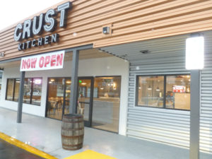 Crust Kitchen brings high-end cafeteria food to Hotel Circle. (Photo by Frank Sabatini, Jr.)